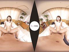 Tram Geek's Lucky Day! Japanese Teen VR Porn