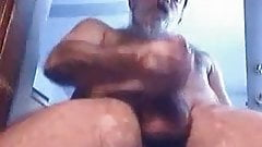 Hairy daddy bear cumming