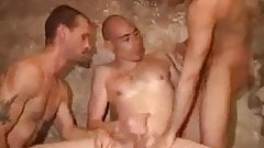 Hot guys  threeway with big tools.