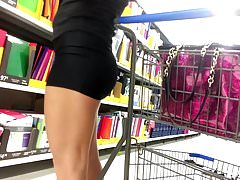 Cougar Mom Last Minute Shopping (HD).mp4