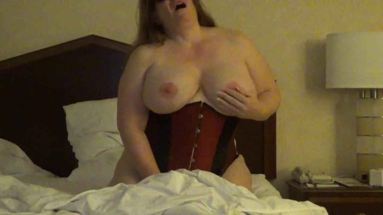 Young latina sucking cock