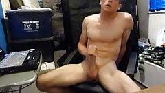Love Masturbating & Eating my Cum