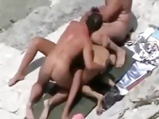 Nude Beach - Amateur Group Sex
