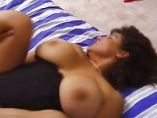 Chunky busty MILF wibbles and wobbles when fucked