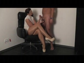 Xhamster extreme pantyhose blowjobs