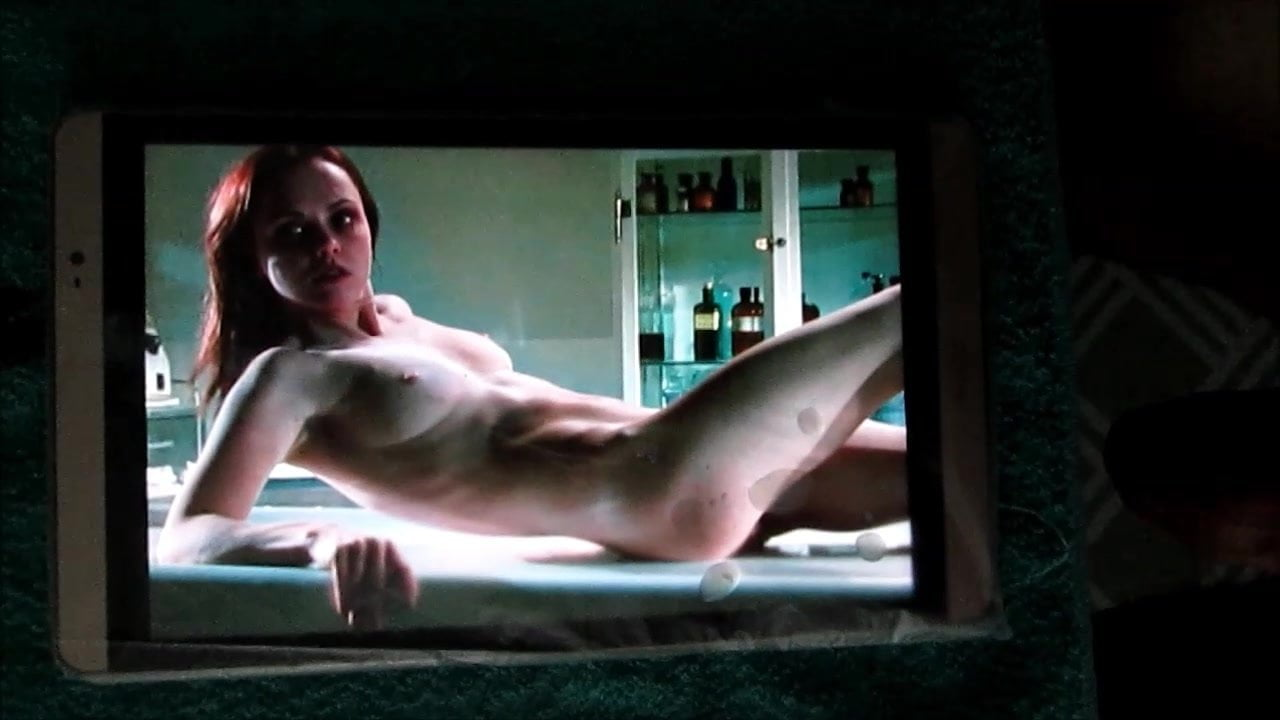 Christina Ricci Completely Nude Photo