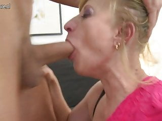 Real mature mother fucking her toy boy
