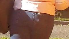 EbONY ass in jeans (little teaser) candid
