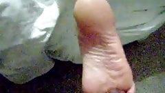 Barenaked solejob 2
