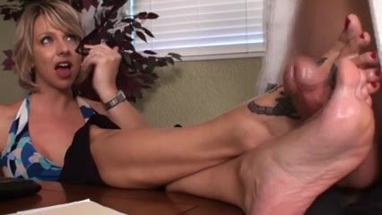 Lesbian piss swapping