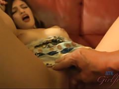 Raven Orion gets a good creampie deep in her pussy