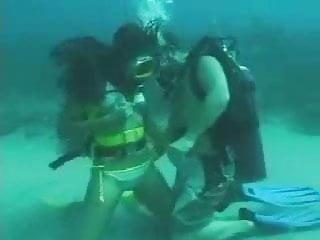 Scuba pussy - Sea bottom scuba sex
