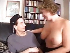 Mature With Big Ass And Tits Women Gets Some Help