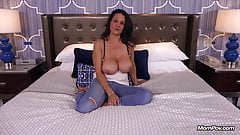 Fucking a Horny Huge Boobs Nympho Milf