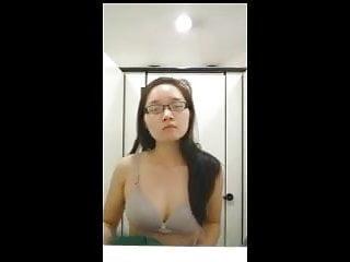 NUS Girl Stripping Part 1