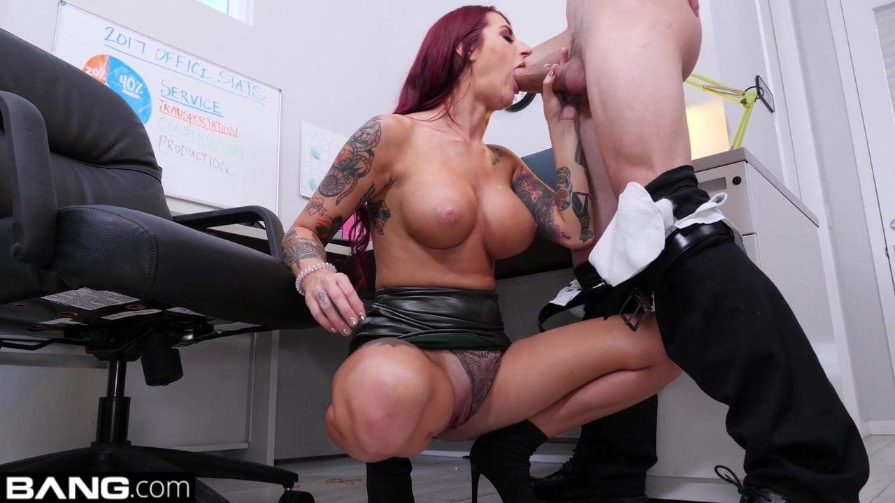 analacrobats kelsi monroe sloppy lesbian ass play