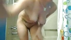 Blonde ex-girlfriend filmed naked in the shower