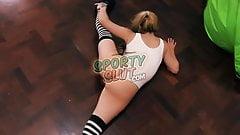 Huge Bubble-Butt Teen Stretching Hot Bouncing Her Big-Tits!