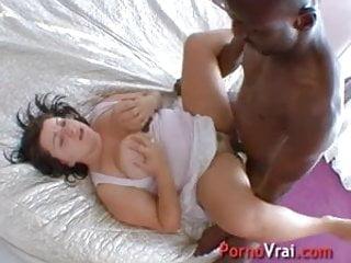 Grosse cochonne qui aime le sexe !