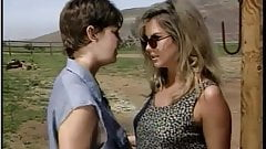 Grandes pollas  and hot chicks Scene 9 Lesbianas  2009