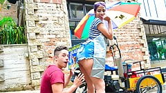 CARNE DEL MERCADO - Natural busty babe fingered and pounded