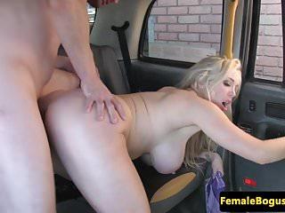 Female cabbie fucks and sucks customer
