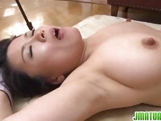 Download video bokep Pretty hottie Miki is a fan of bondage Mp4 terbaru