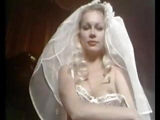 Gina Jansen Loop, Wedding Night