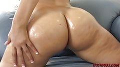 Big booty girl loves riding cock and taking cum