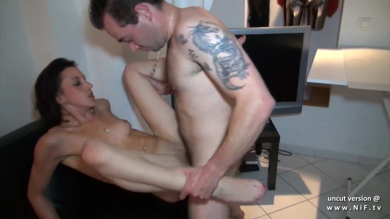 Casting Amateur French Fist
