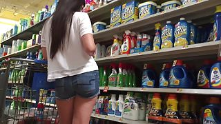 DW Asian college girl in bleach aisle