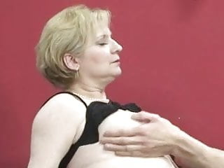 Download video bokep Tante, Ich Will Dich Ficken! Mp4 terbaru