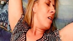 saint malo slut lisa lickes fistes and then she squirts