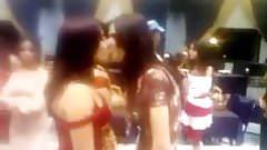 lesbian arab kiss
