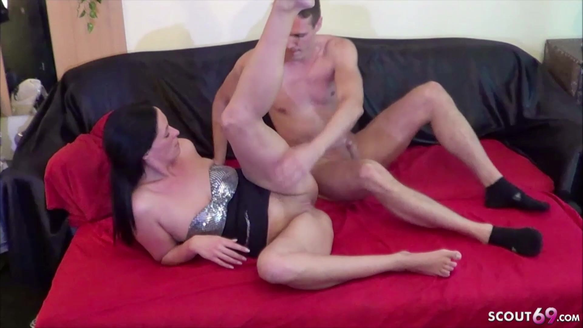 German Mature Woman Doro Homemade Porn Fuck With Young-7817