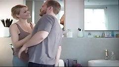 Martina Hill macht ihre Titten groesser