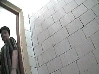 Hidden cam in toilet - 2