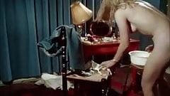 Cute vintage blonde shaving her twat