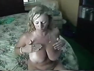 Download video bokep Ashley classic moms bed Mp4 terbaru