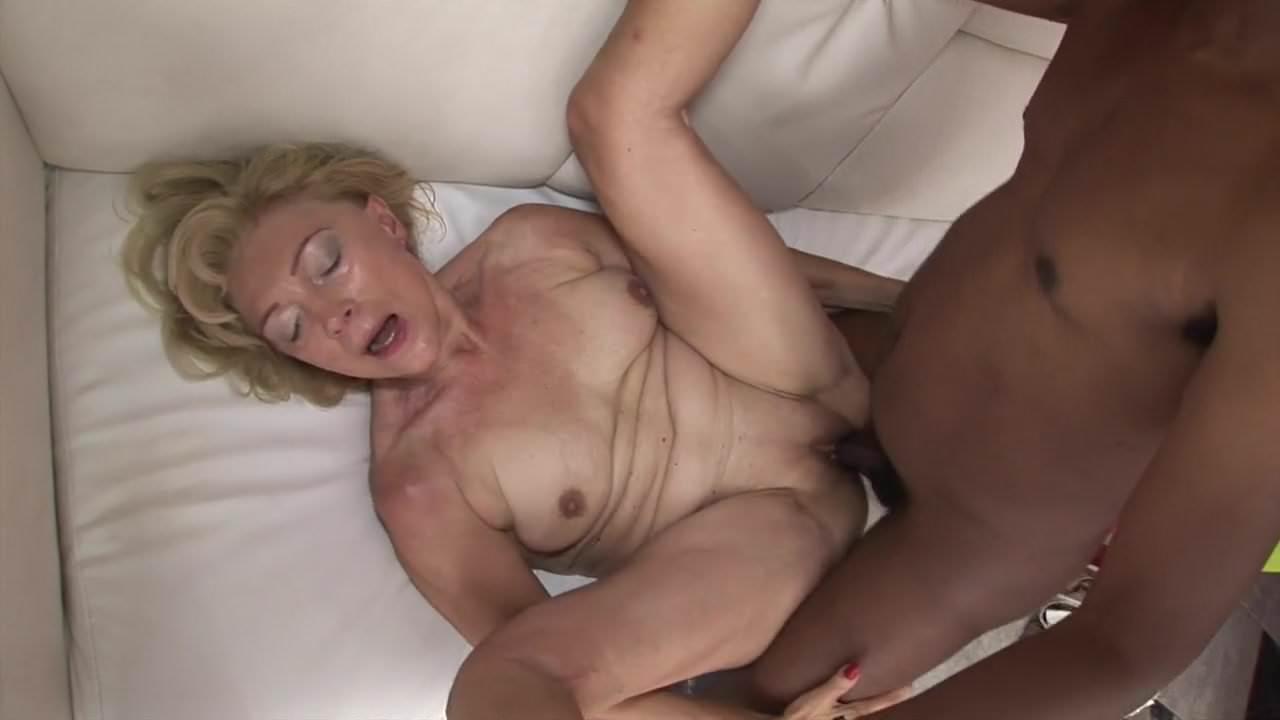 Video Xhamster Granny Tries Black Cock Fuck-5636