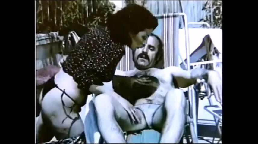 Türk Seks Figen Kazım Yatak Sikişi Video  Porno Resimleri
