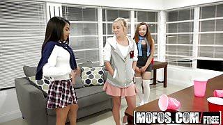 Mofos - Pervs On Patrol - Sorority Sisters Sexy Pledge starr