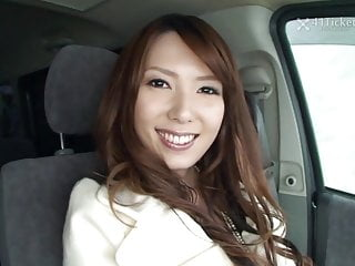Yui Hatano Deepthroats Cock In Car Uncensored Jav