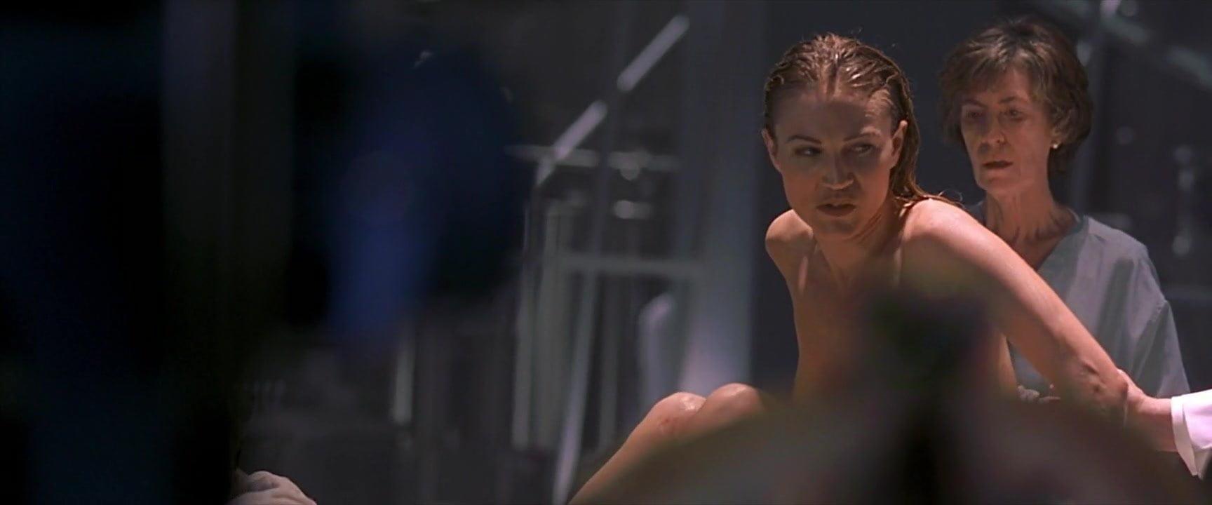 Nude sarah wynter
