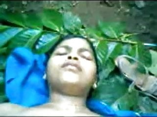 northindian village girl fucked in outdoor