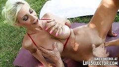Sandy sucking off a gardener Interactive POV fuck