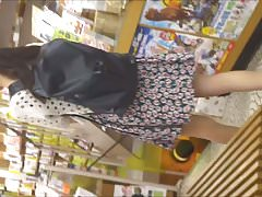 Upskirt Japanese amateur teen 3