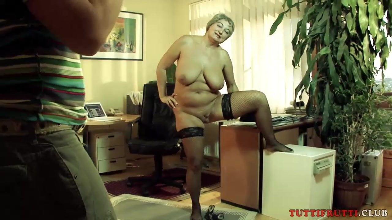 порно кастинг---пожилых на русском языке