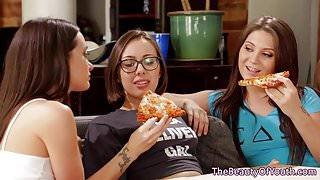 Teen lesbian foursome sixty nine after pizza