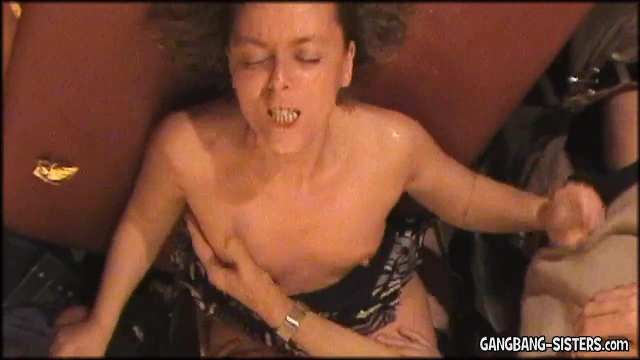 Ladies in pantyhose videos